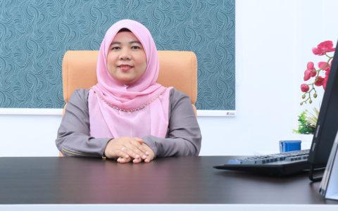 Dr. Azlina Wati Nikmat