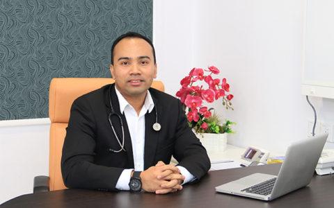 Dr. Masri Muhamed